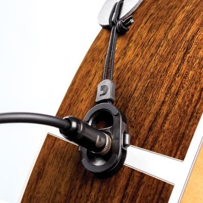 """A resolução para manter a sua guitarra acústica """"firme"""" !"""